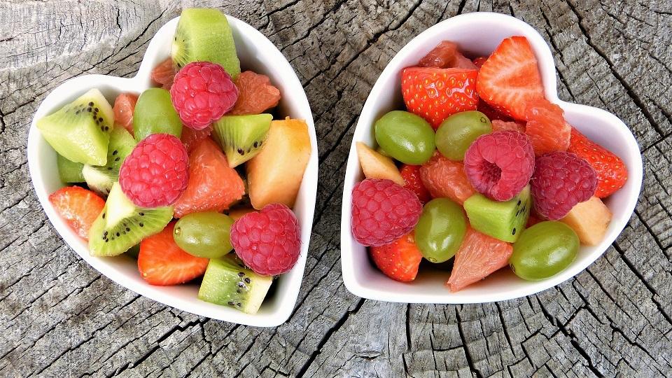 les nutriments sont nombreux dans les fruits