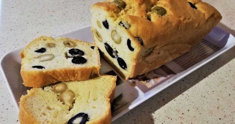 Cake aux olives et Vin blanc