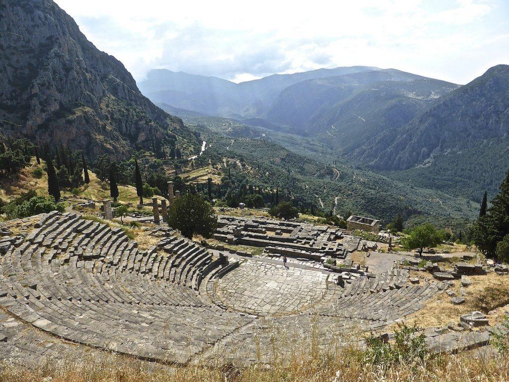 Vue panoramique sur Delphes