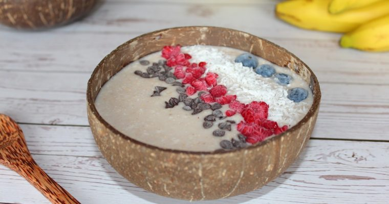 Smoothie bowl au lait de coco